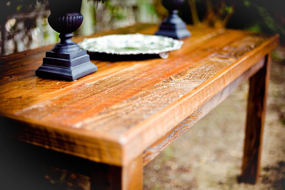 thick slab oak wooden table