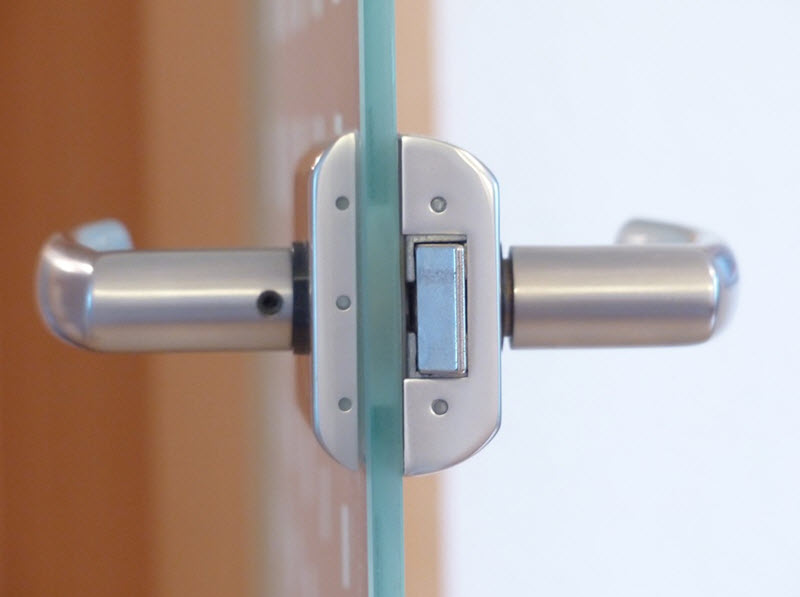 Keyless Lock Systems – The Pros and Cons